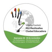 Chapa del día internacional de la ciudad educadora