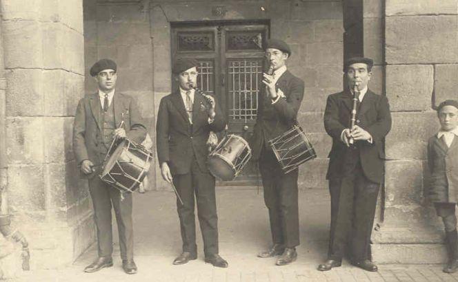 Txistulari banda, 1923