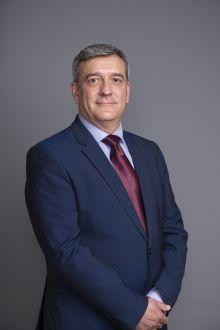 César Fernández De Landa