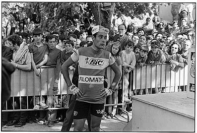 Foto 090: Vuelta Ciclista a España. Luis Ocaña, vencedor de la etapa Bilbao-Vitoria. 11 de mayo de 1971.